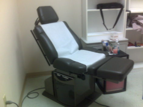 Used Midmark Ritter 75 Evolution Exam Chair For Sale