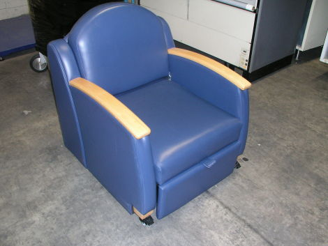 Used Hill Rom Chair Sleeper Home Care Bed For Sale