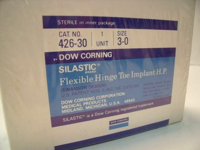 SILASTIC  DOW CORNING 426-30  SIZE 3-0 FLEXIBLE HINGE TOE IMPLANT