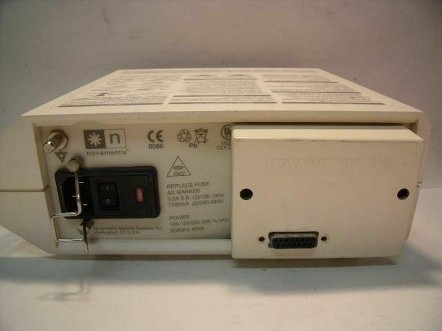 NOVAMETRIX 2001     Oximeter - Pulse
