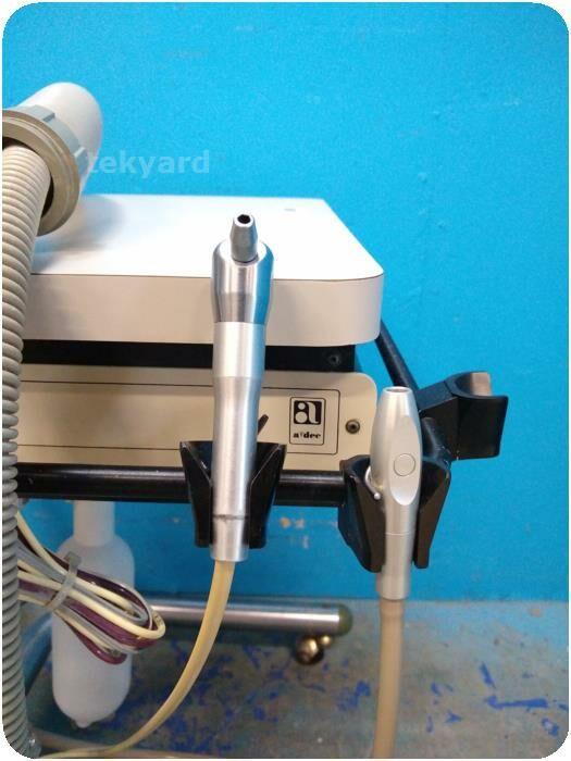 ADEC 2601 Dental Delivery Unit