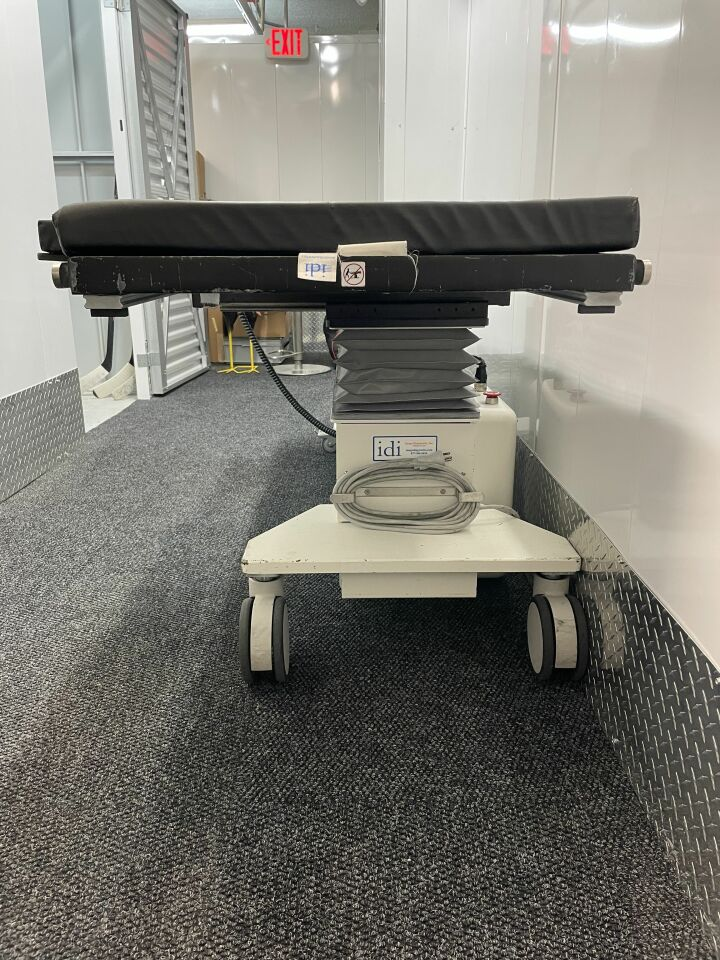 IDI 1004T C-Arm Table
