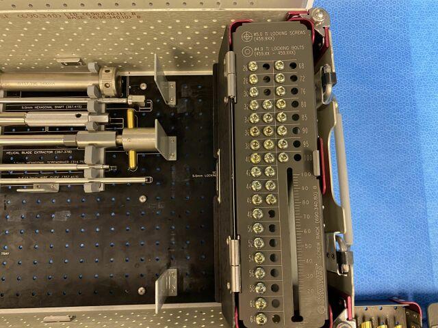 SYNTHES Titanium Trochanteric Fixation Nail Locking Set