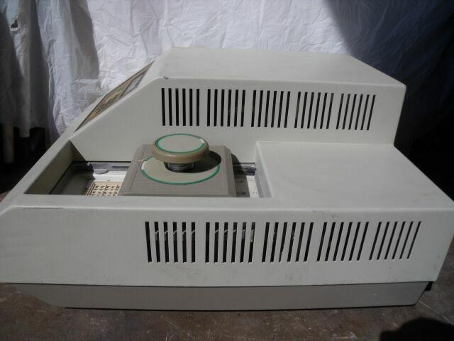 PERKIN ELMER 9600     Centrifuge