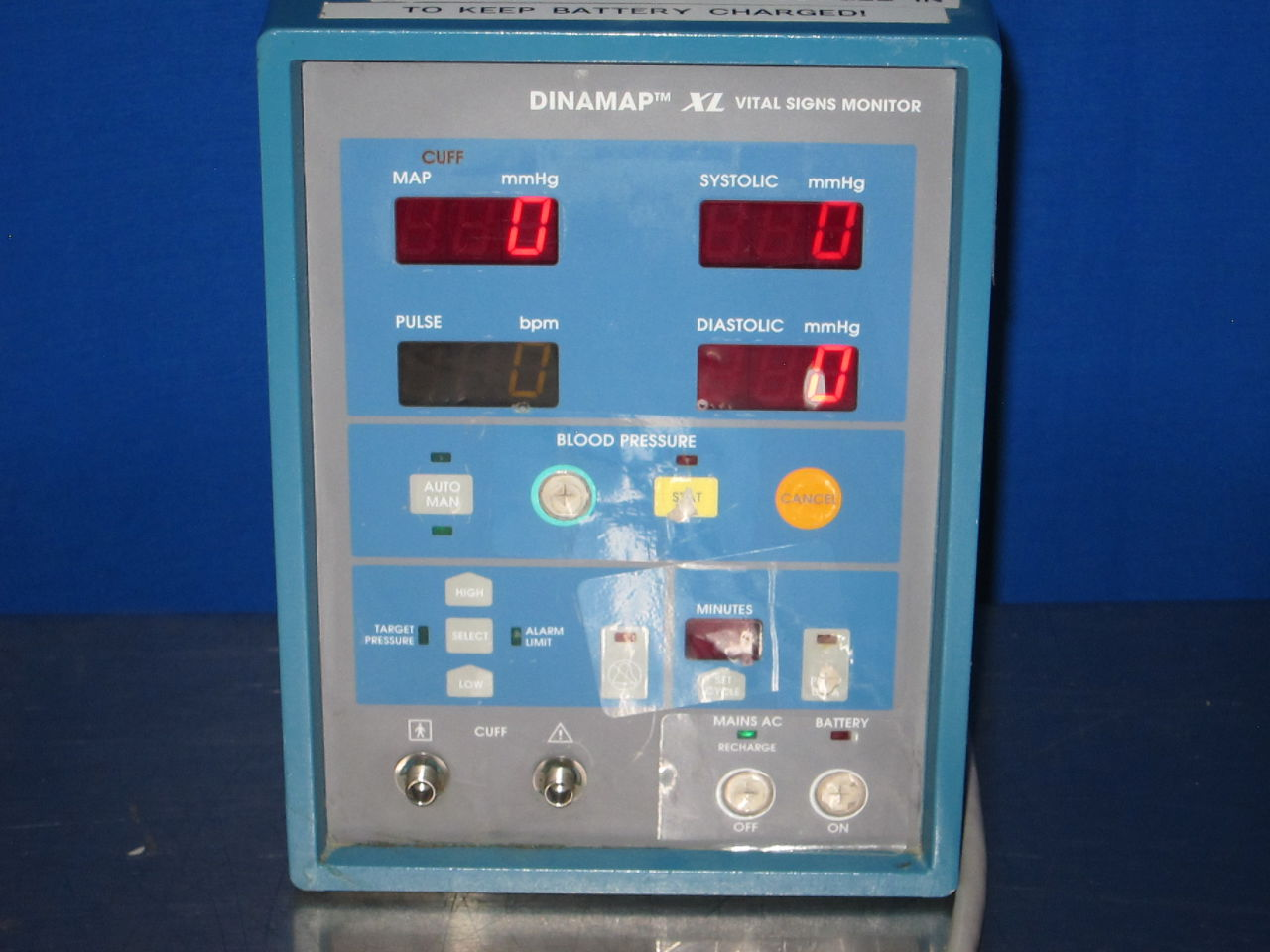 DINAMAP XL Monitor