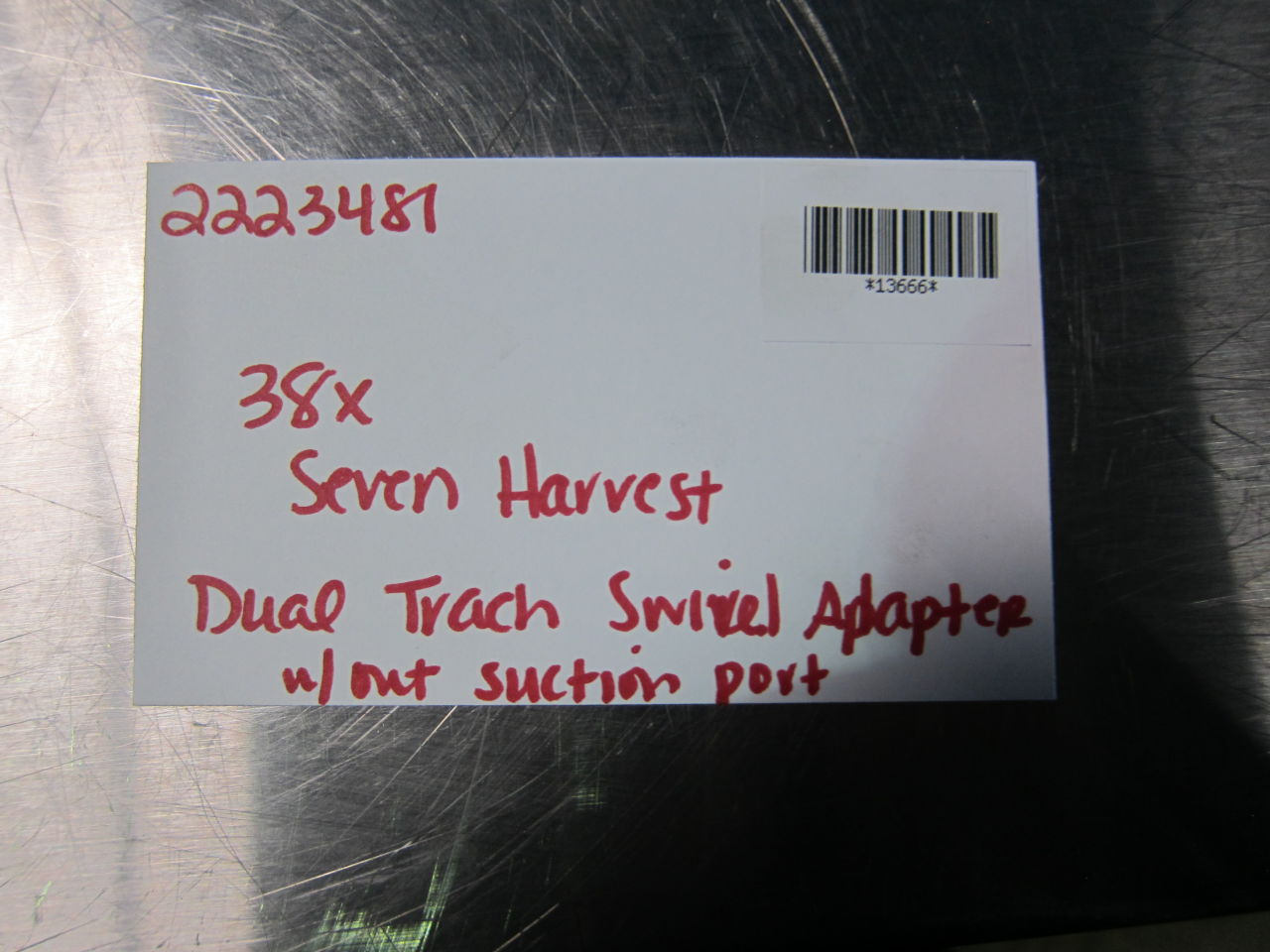 SEVEN HARVEST Dual Trach Swivel Adapter - Lot of 38