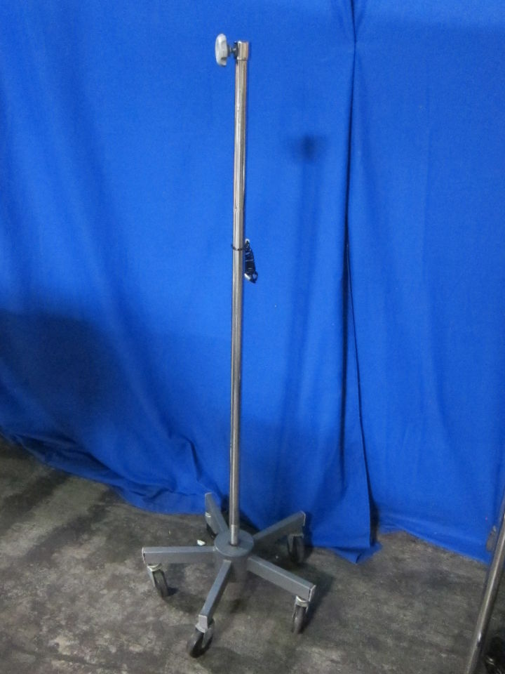 BREWER  IV Poles
