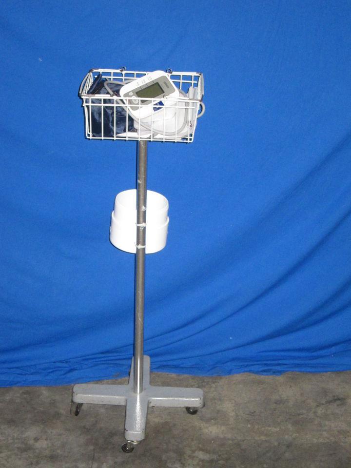 OMRON HEM-712CLCN2 BP Monitor