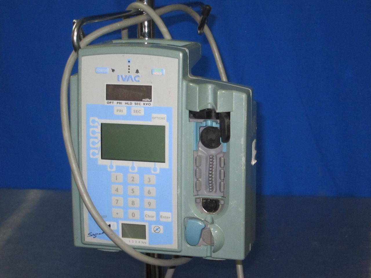 IVAC 7100 Signature Edition On Stand Pump IV Infusion