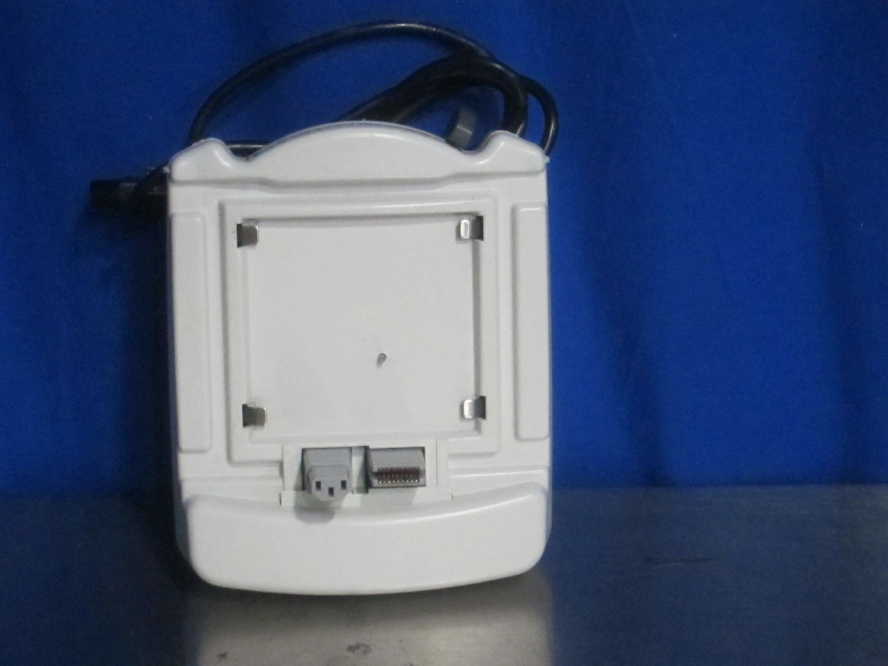 GE Dash Port 2 Monitor