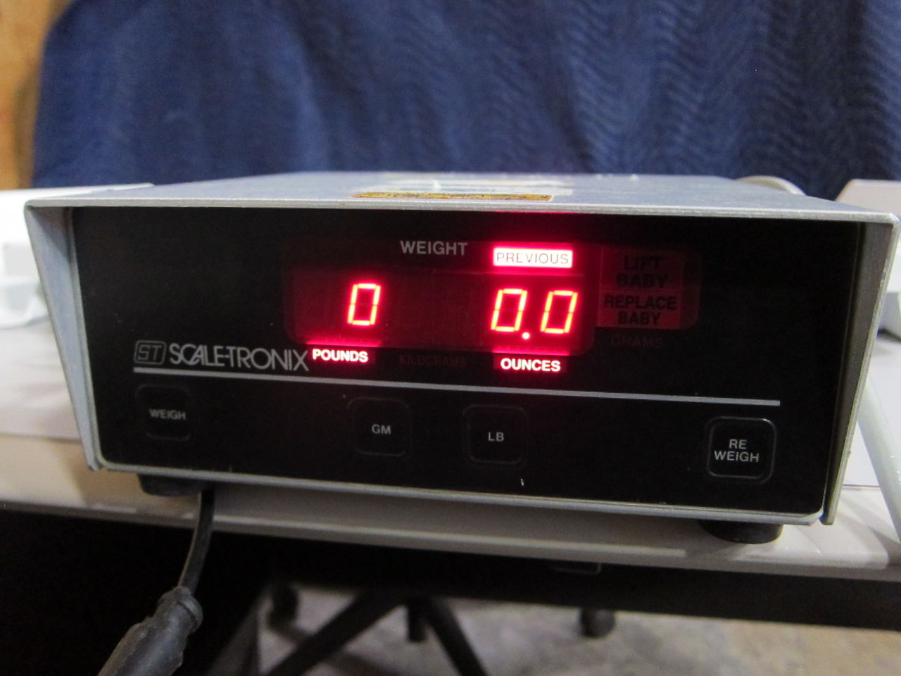 SCALETRONIX Infant Scale