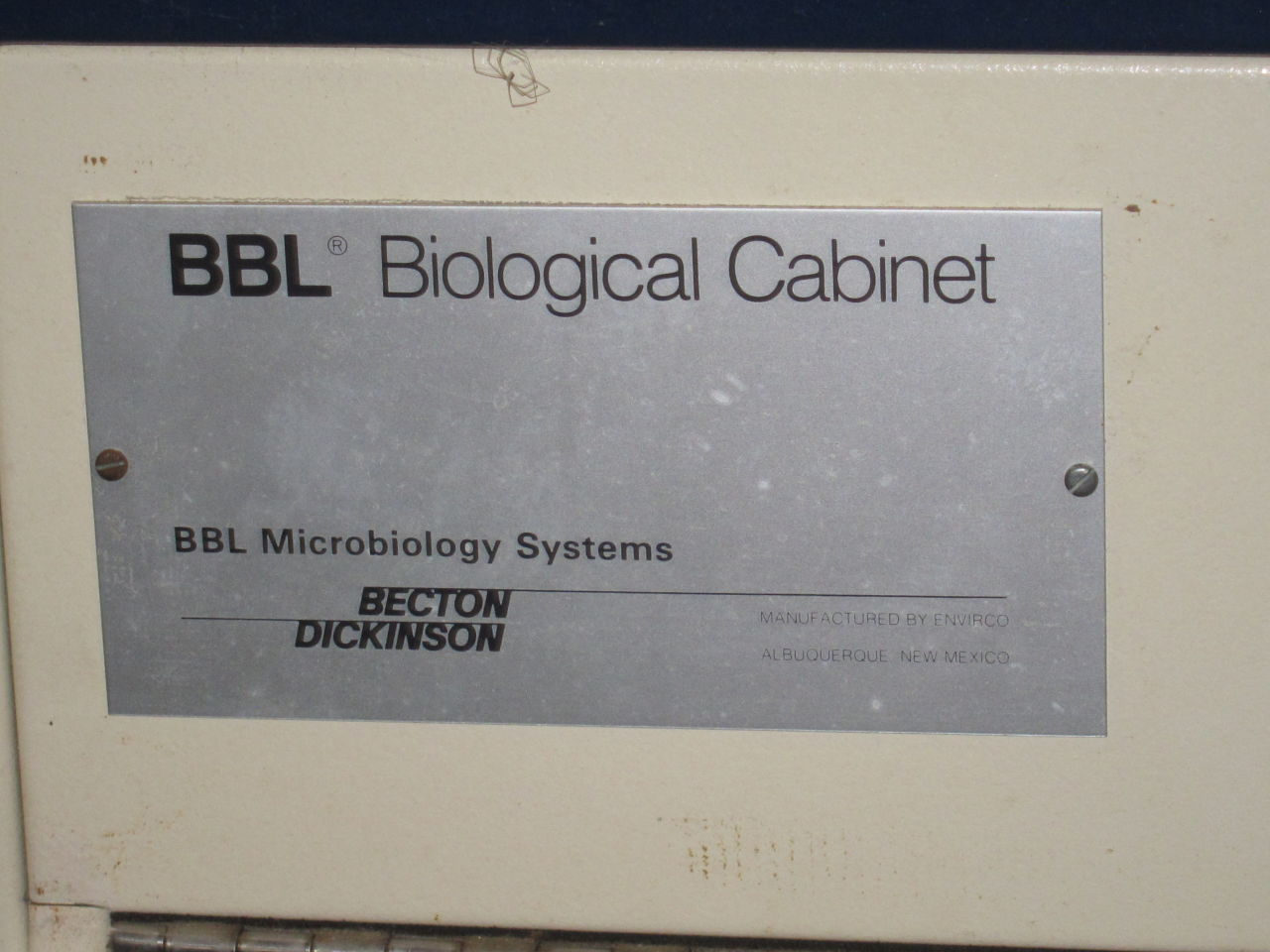 BECTON DICKINSON 60474 Fume/Bio Safety Hood