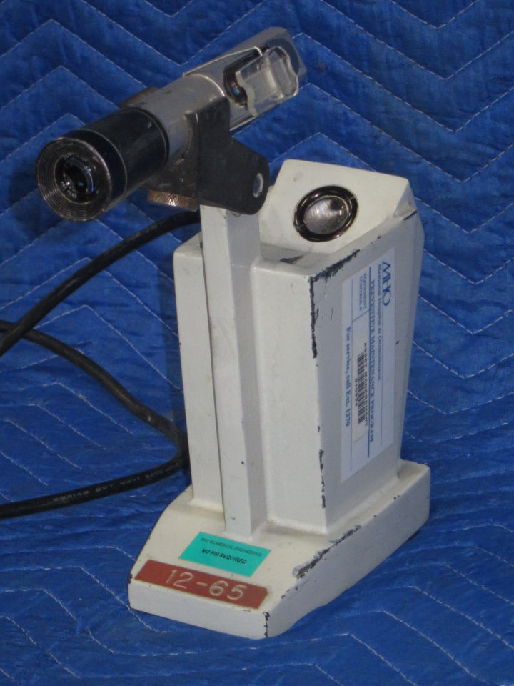 AMERICAN OPTICAL Dec-65 Microscope