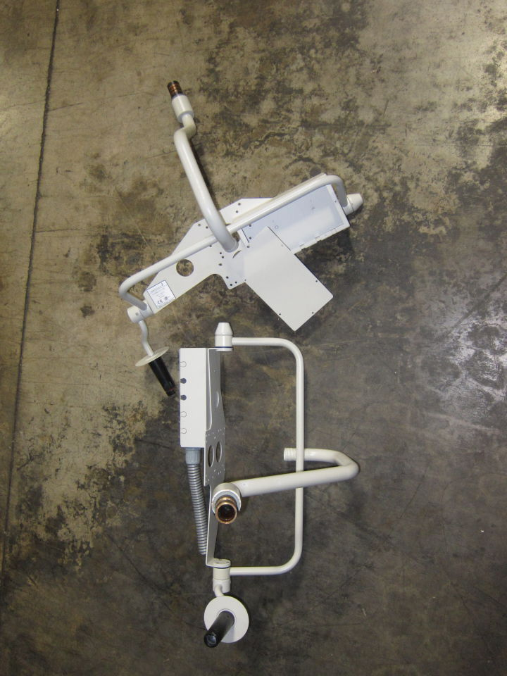BERCHTOLD Chromophare Carrier Arm - Lot of 2 Monitor