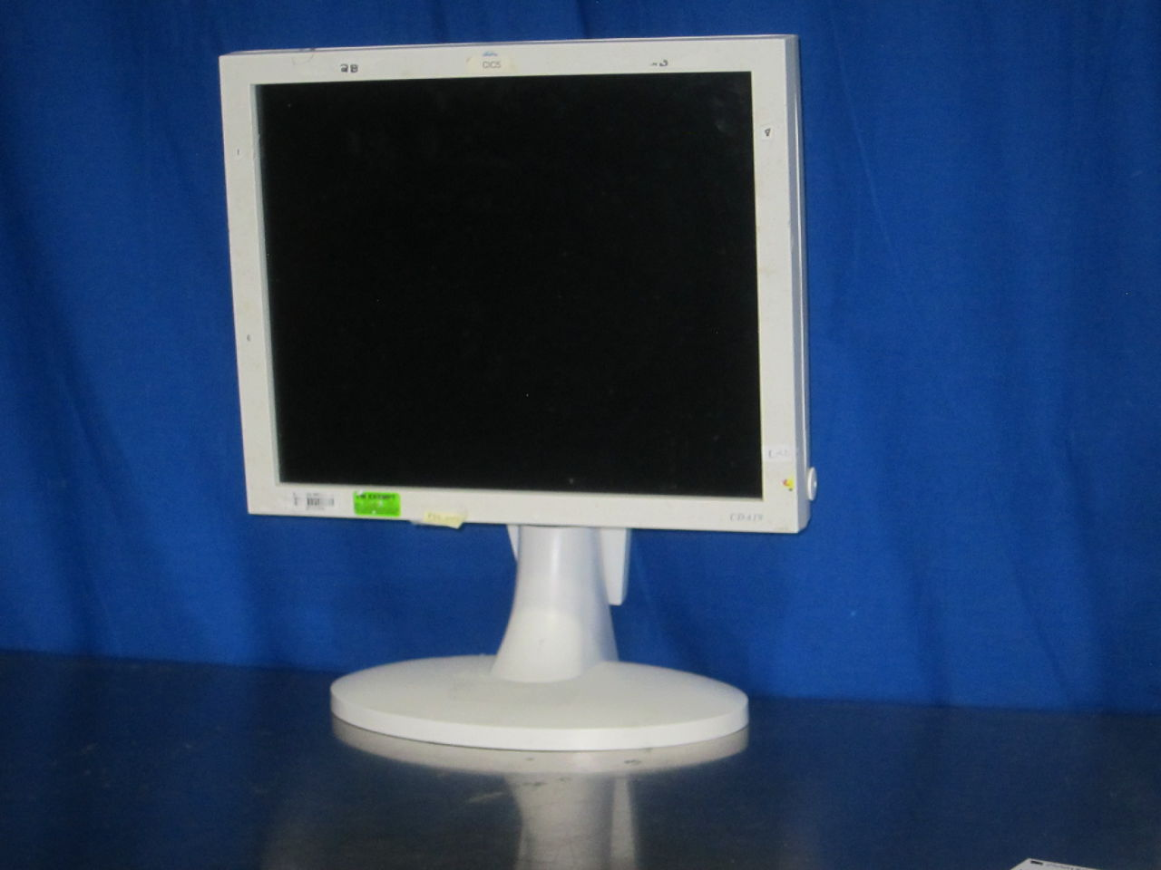 GE CDA 19 Display Monitor