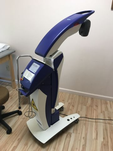 CUTTING EDGE MLS Laser freestanding Light Therapy