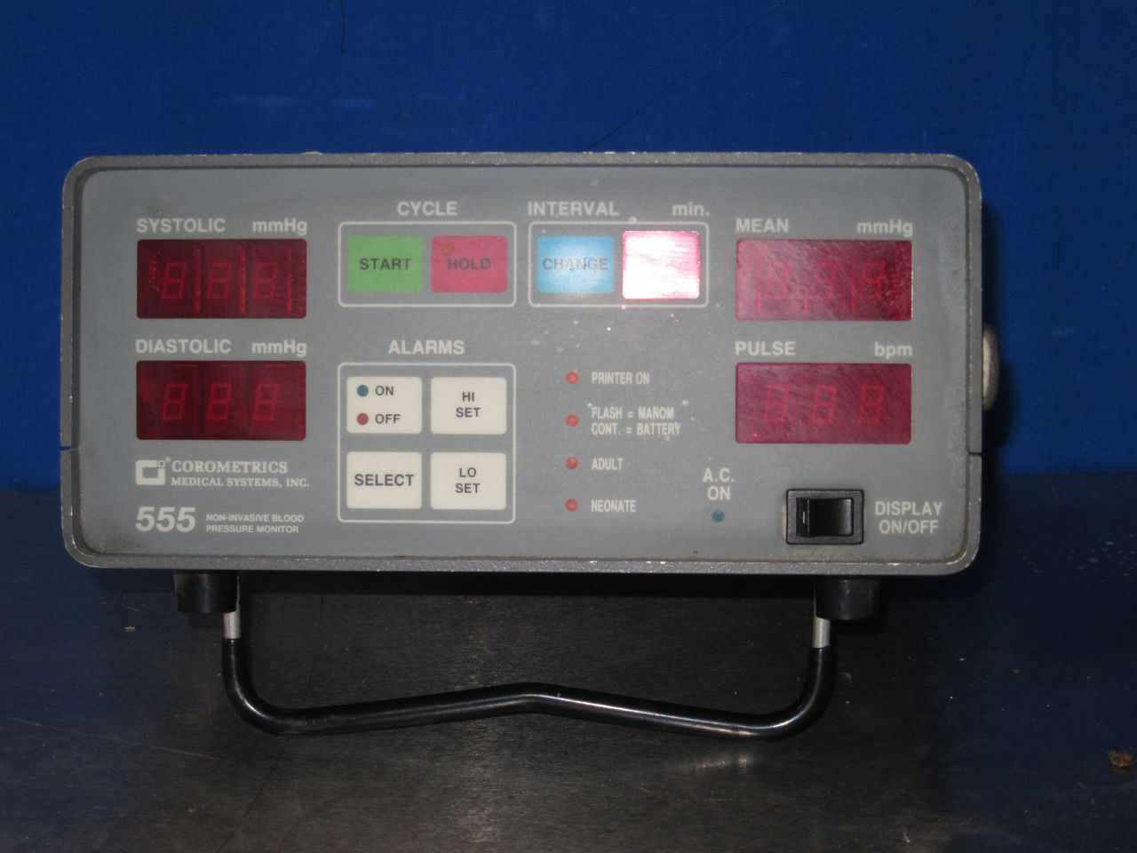 COROMETRICS MEDICAL SYSTEMS 555 BP Monitor