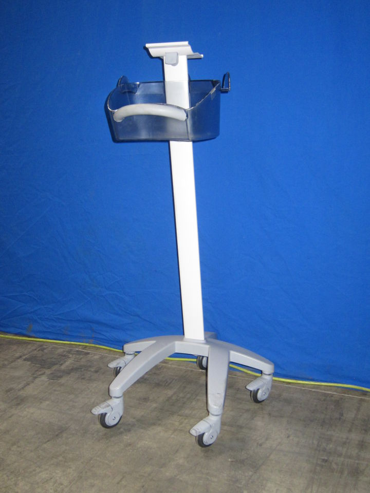 DINAMAP Rolling Monitor Stand
