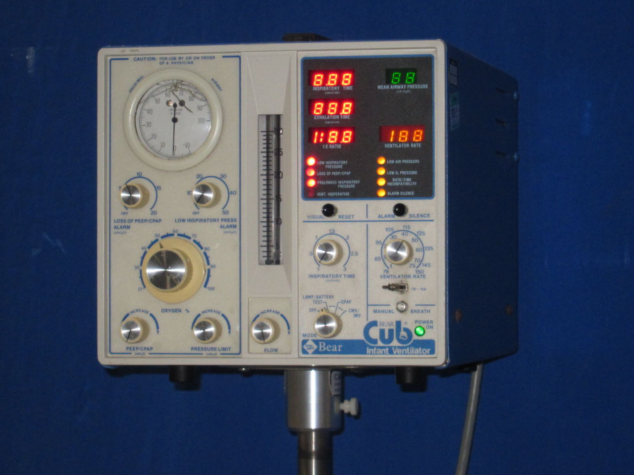 INTERMED BEAR BP2001 Ventilator