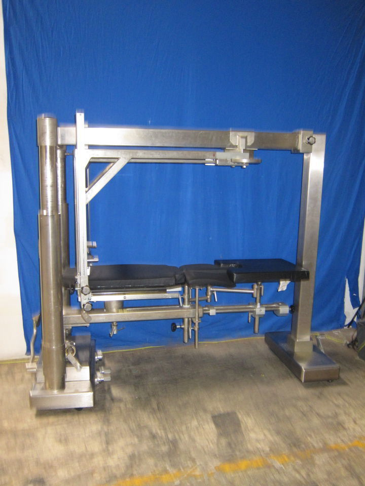 MIDMARK 10500 Orthopedic Table