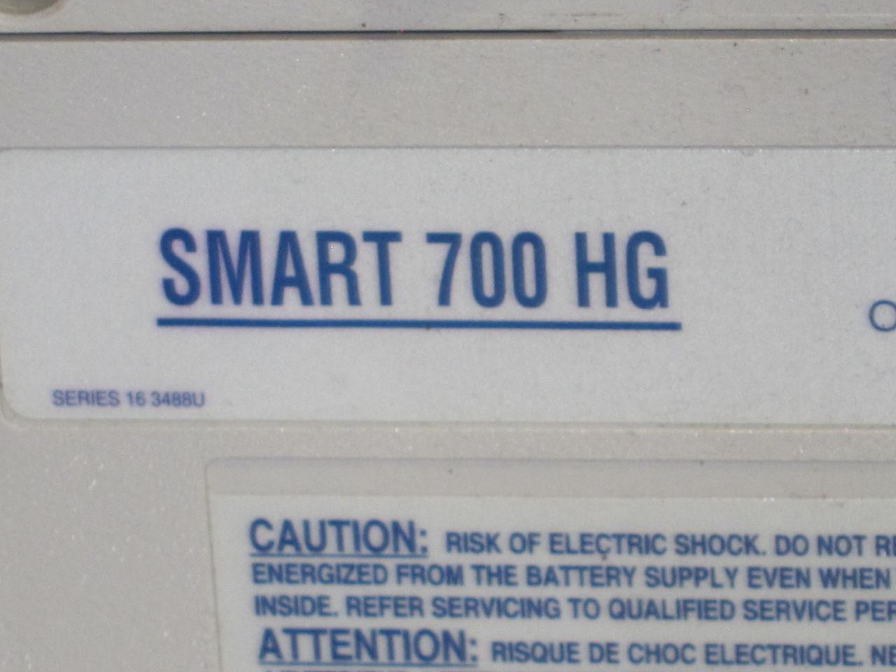 SMART UPS Smart 700 HG Uninterruptible Power Supply / UPS