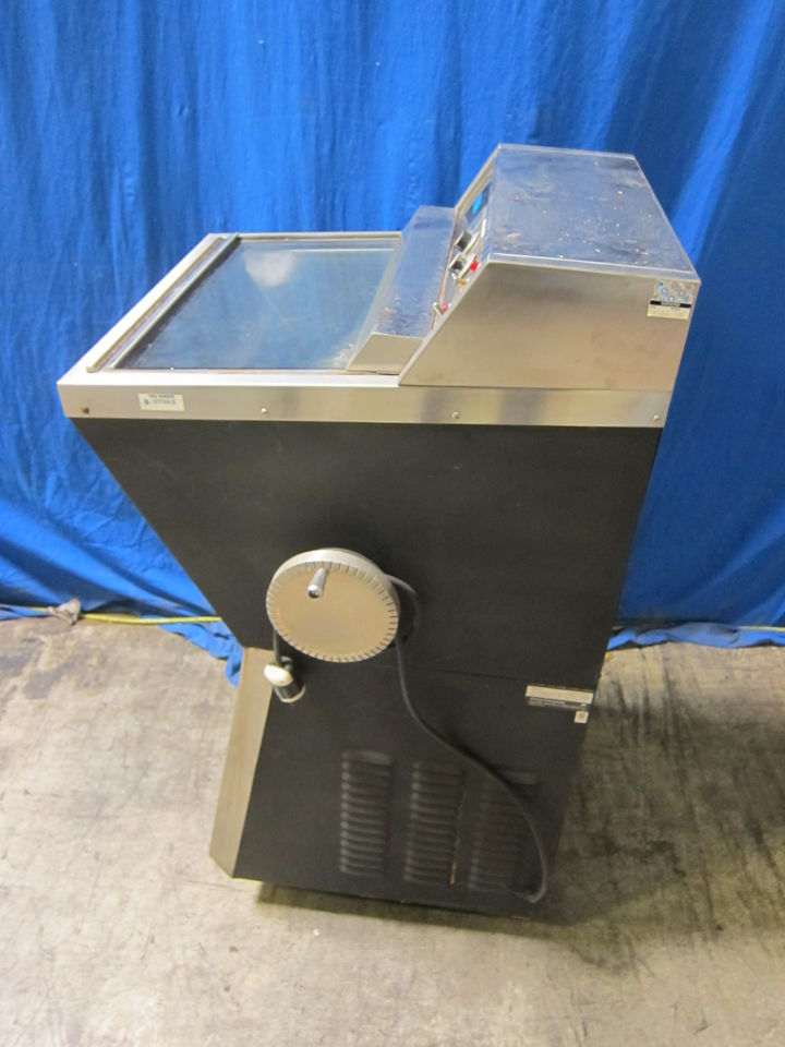 AMES COMPANY 4550 Chiller