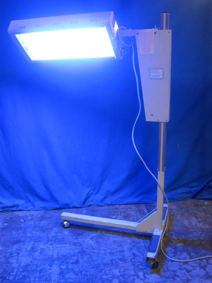 AIR - SHIELDS PT 533-1 Phototherapy Lamp