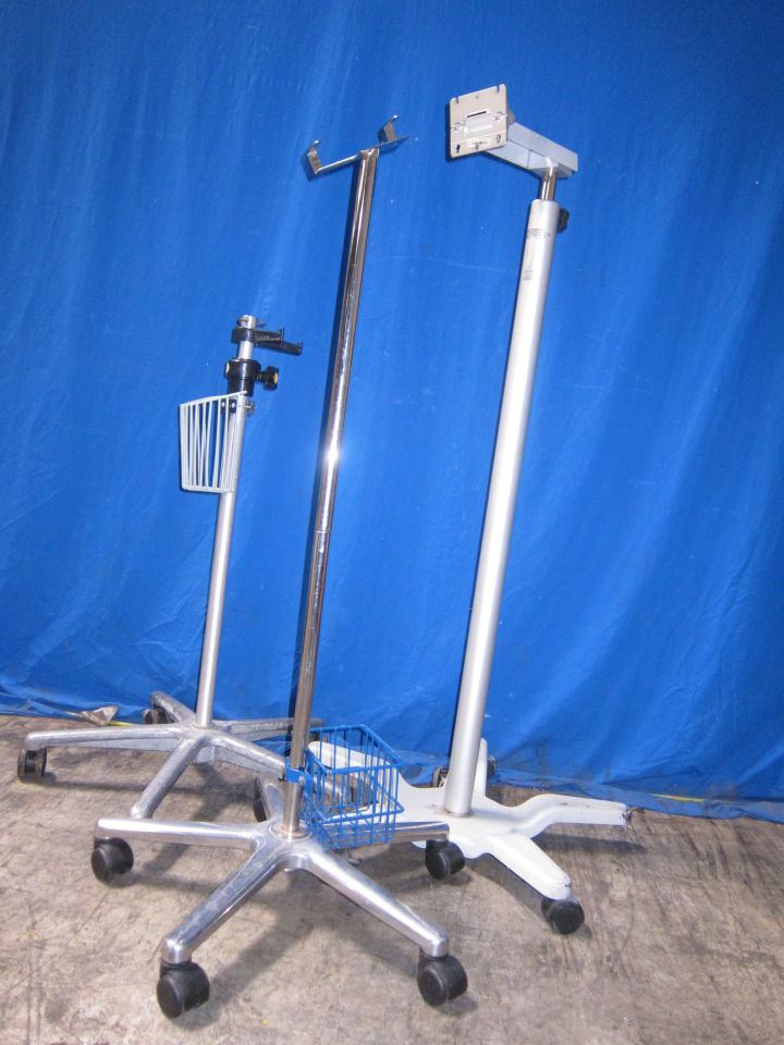 VARIOUS   - Lot of 3 Monitor Stand