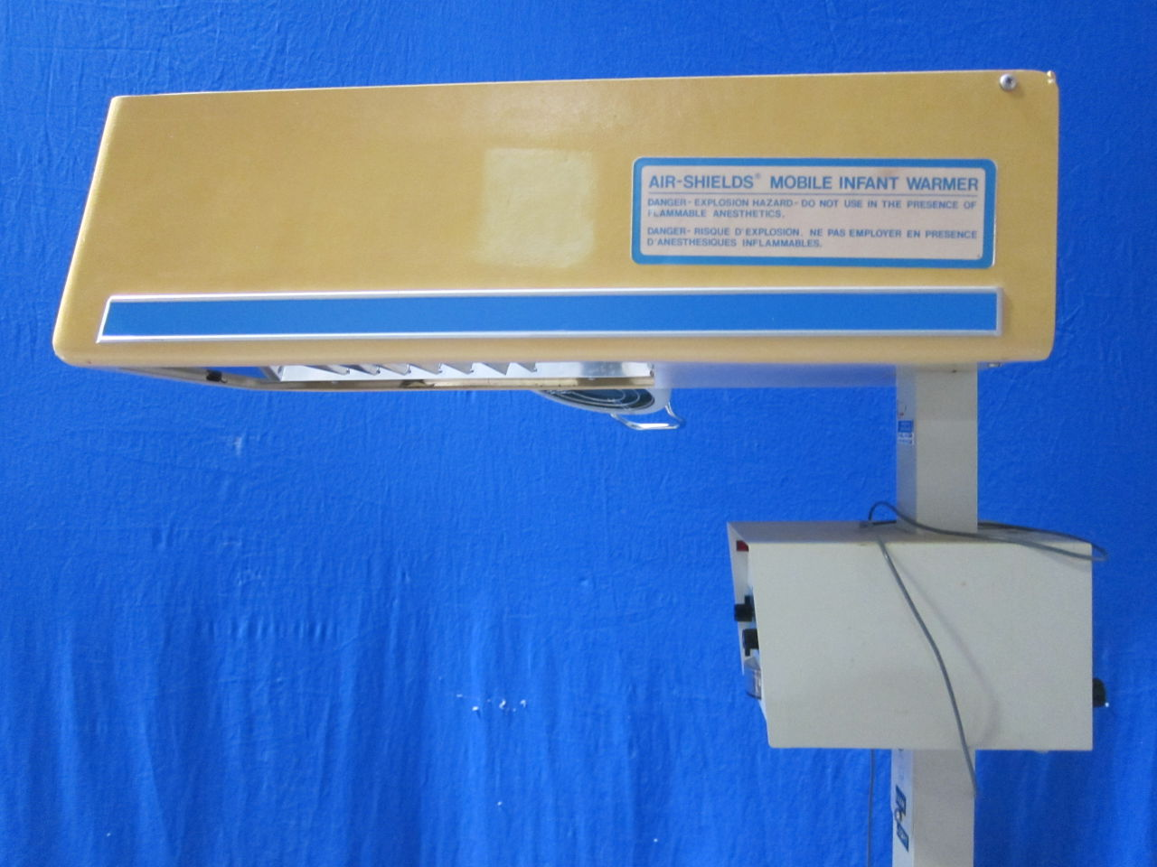 AIR-SHIELDS Various w/ Servo Controller Infant Warmer