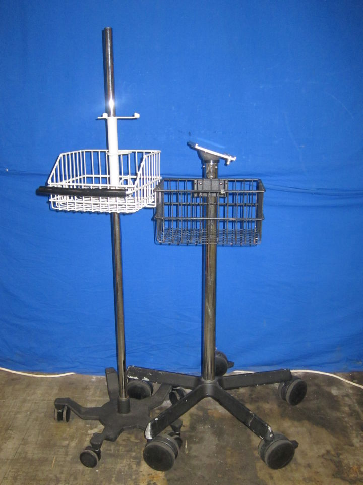 - Lot of 2 Monitor Stand