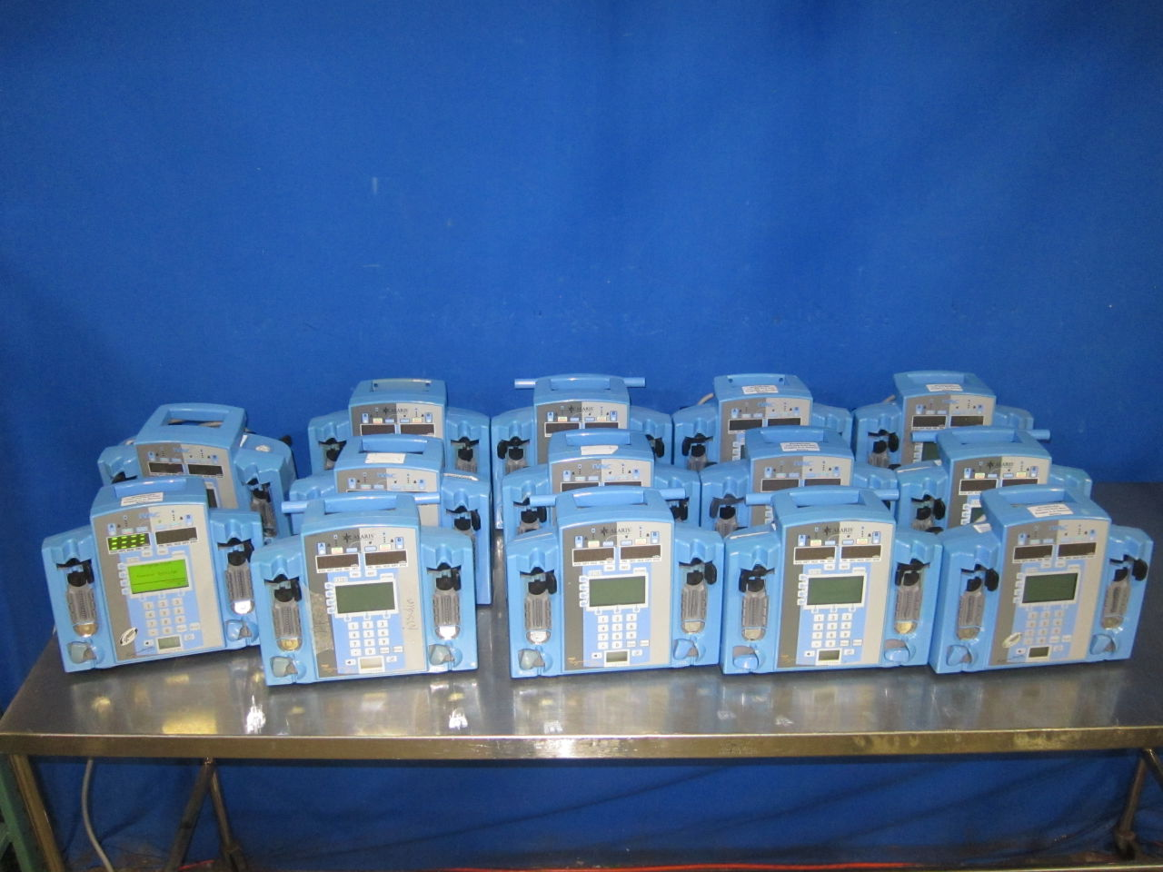IVAC / ALARIS 7230  - Lot of 14 Pump IV Infusion