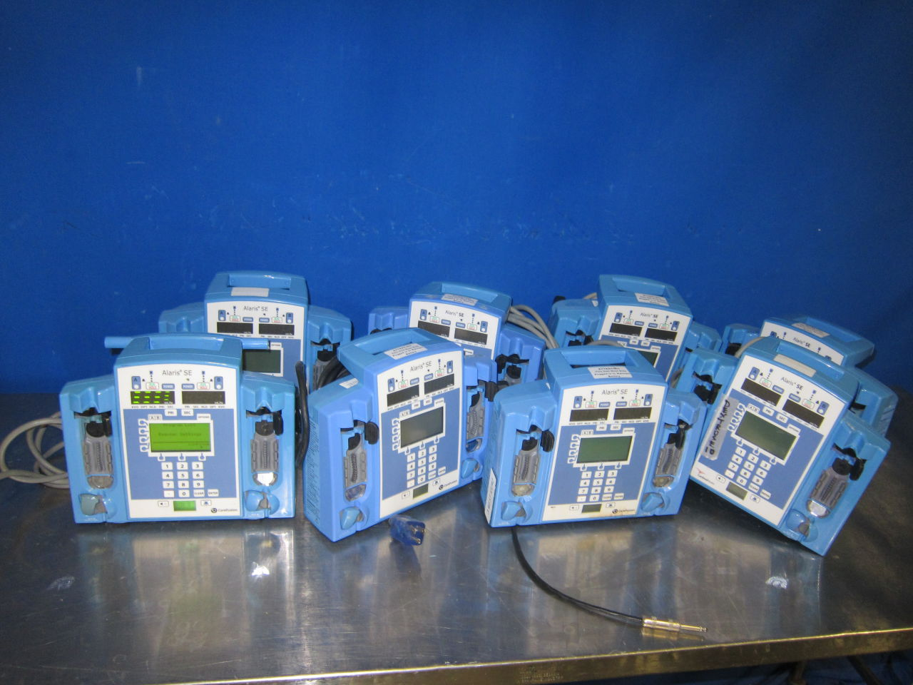 CARDINAL HEALTH CAREFUSION ALARIS SE 7230  - Lot of 8 Pump IV Infusion