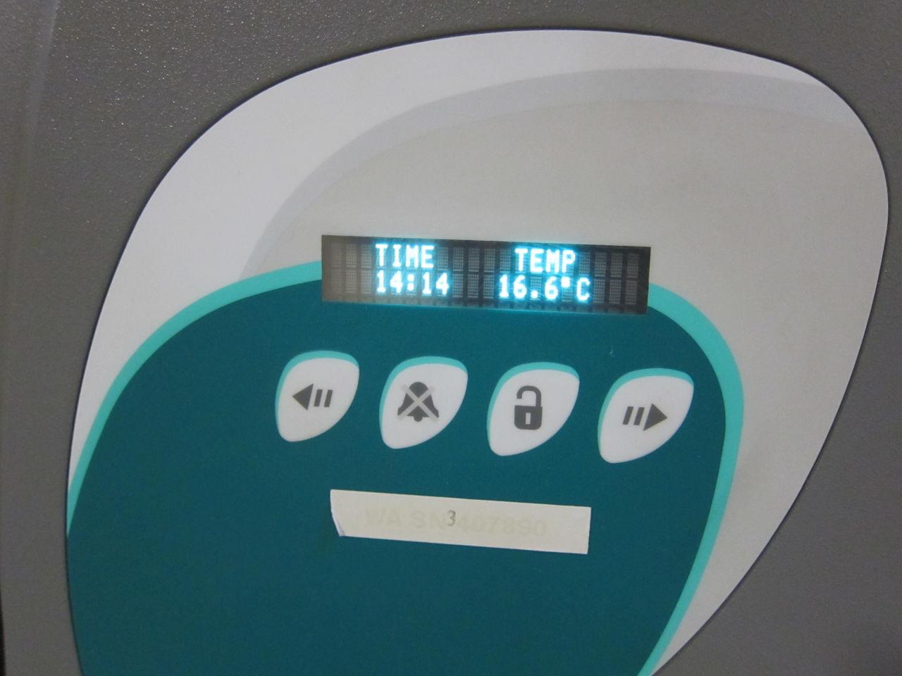 SIEMENS Microscan Walkaway 40 Plus Analyzer
