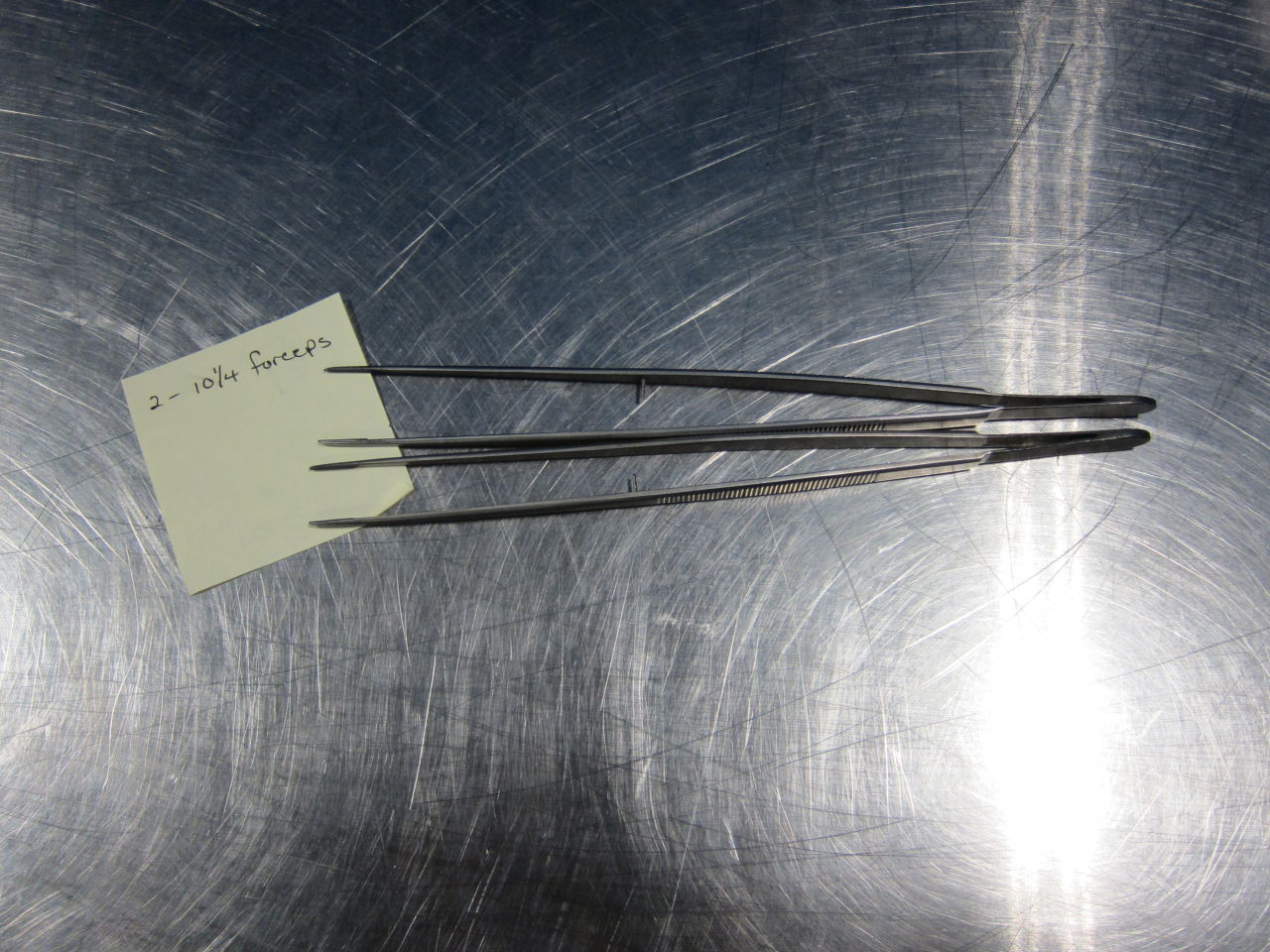 VARIOUS Forceps  - Lot of 8