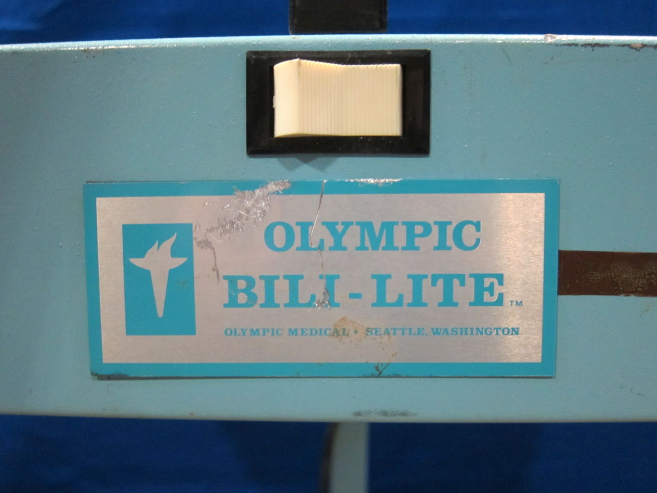 OLYMPIC 33 Phototherapy Lamp