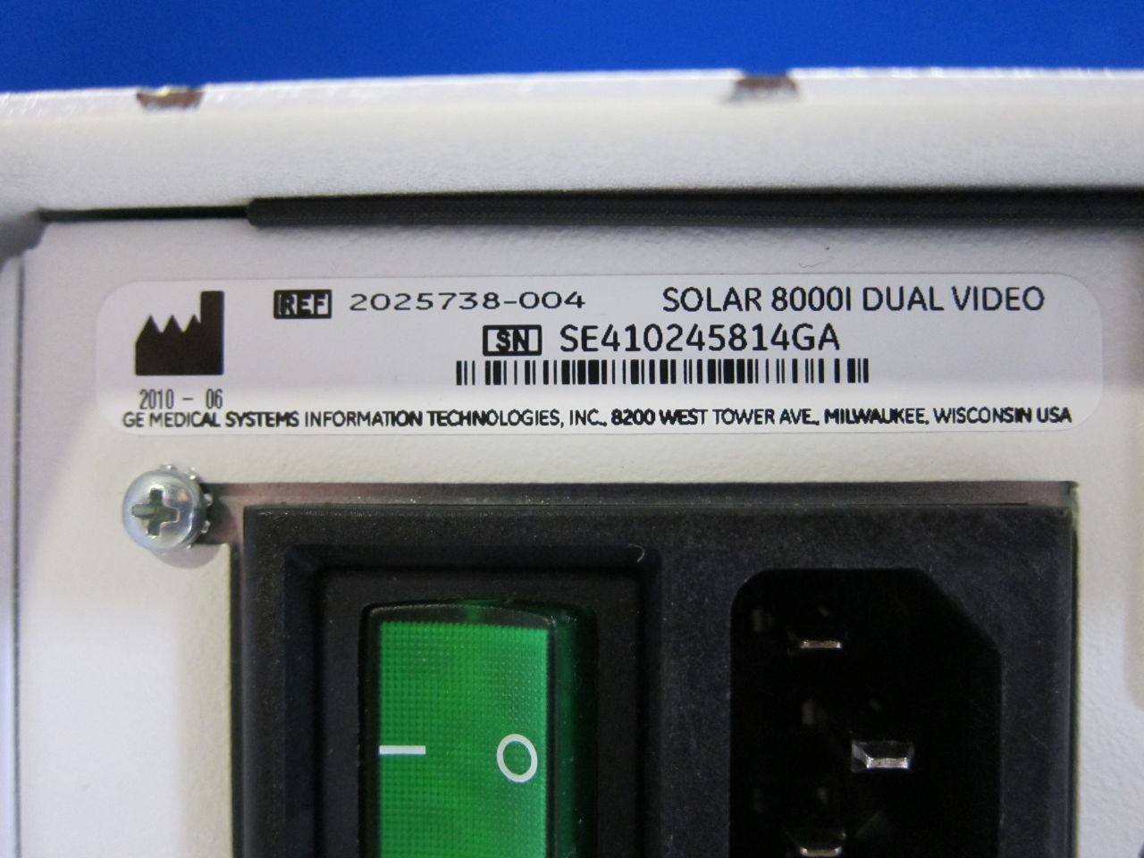 GE Solar 8000i  - Lot of 2 Monitor