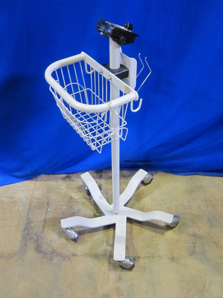 - Lot of 3 Monitor Stand