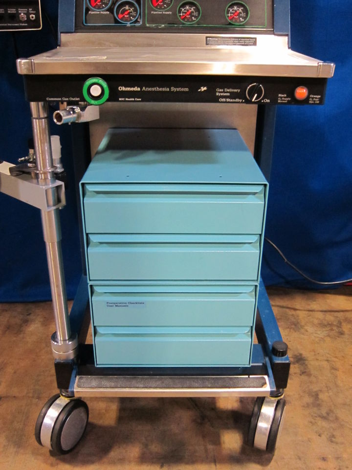 OHMEDA Excel 110 Anesthesia Machine