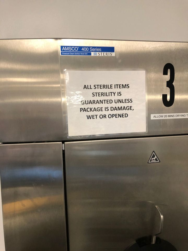 STERIS AMSCO 400 Sterilizer
