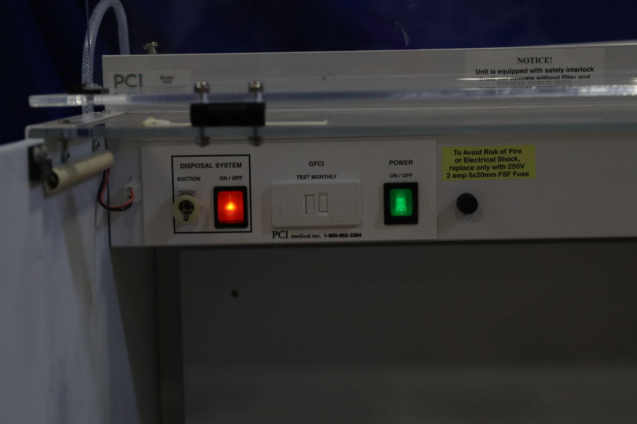 PCI MEDICAL G25 Fume/Bio Safety Hood