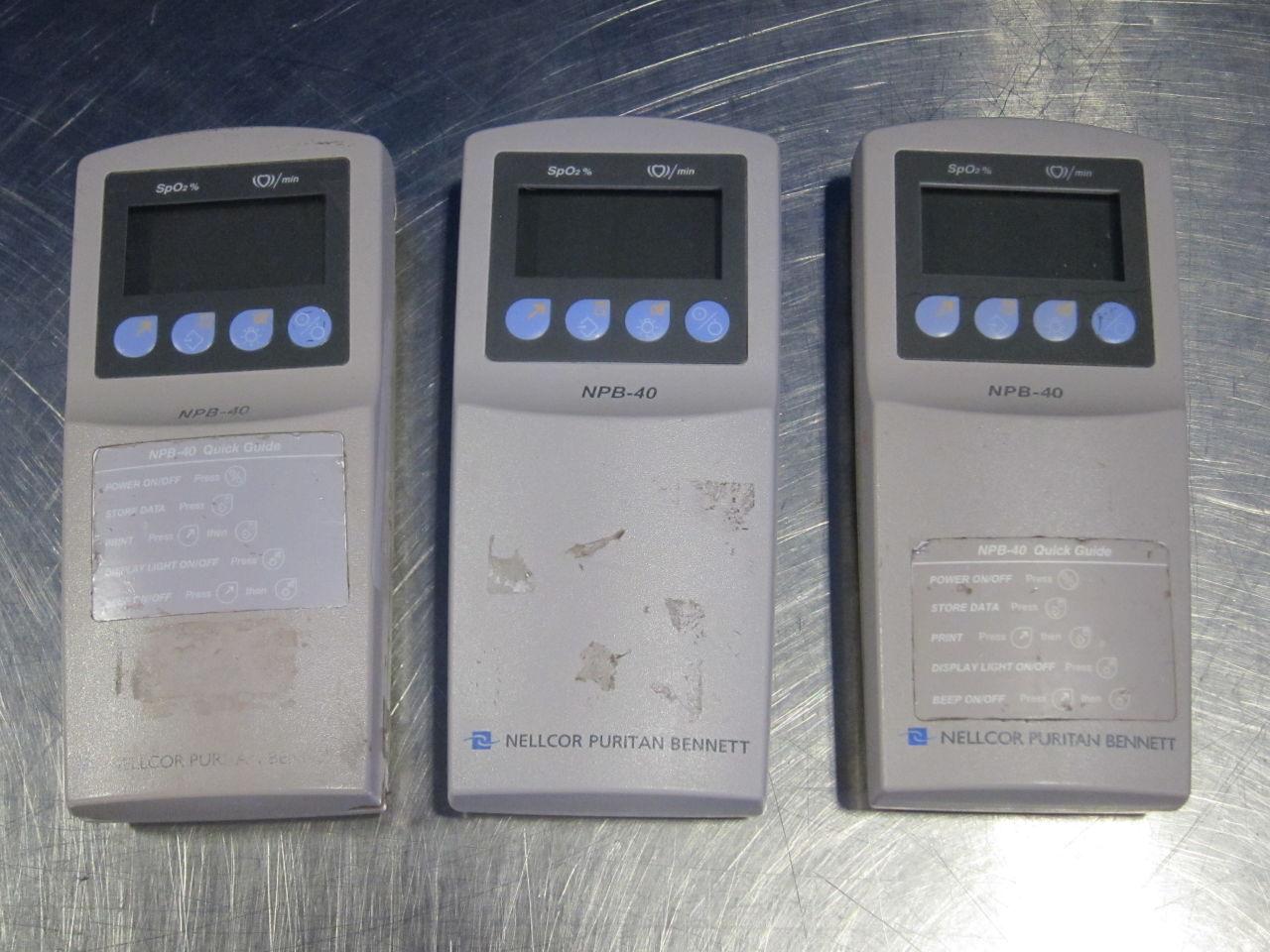 NELLCOR PURITAN BENNETT NPB-40  - Lot of 3 Oximeter - Pulse