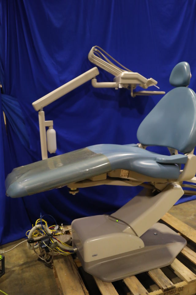 ADEC 1040 Dental Chair