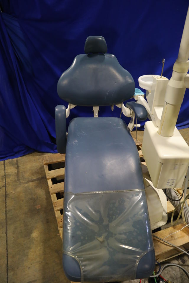 DENTALEZ AS3000 Dental Chair