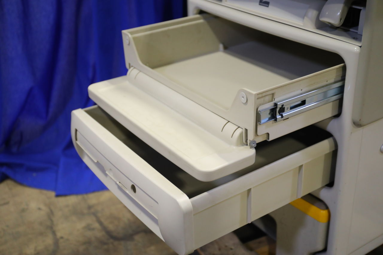 MIDMARK 604-001 Exam Table