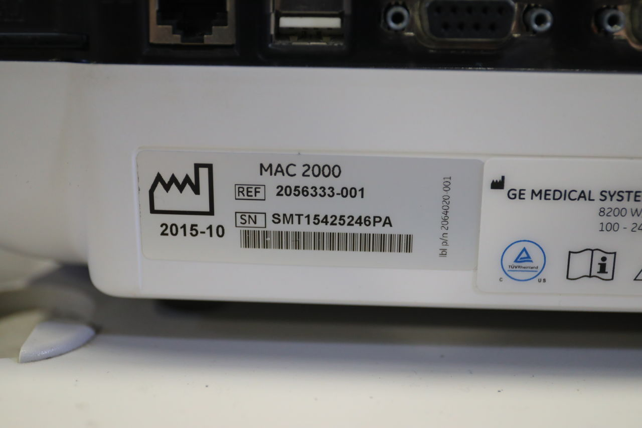 GE MAC 2000 ECG unit