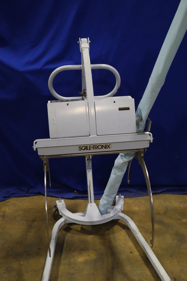 SCALE-TRONIX 2002 Sling Scale Patient Lift w/Scale
