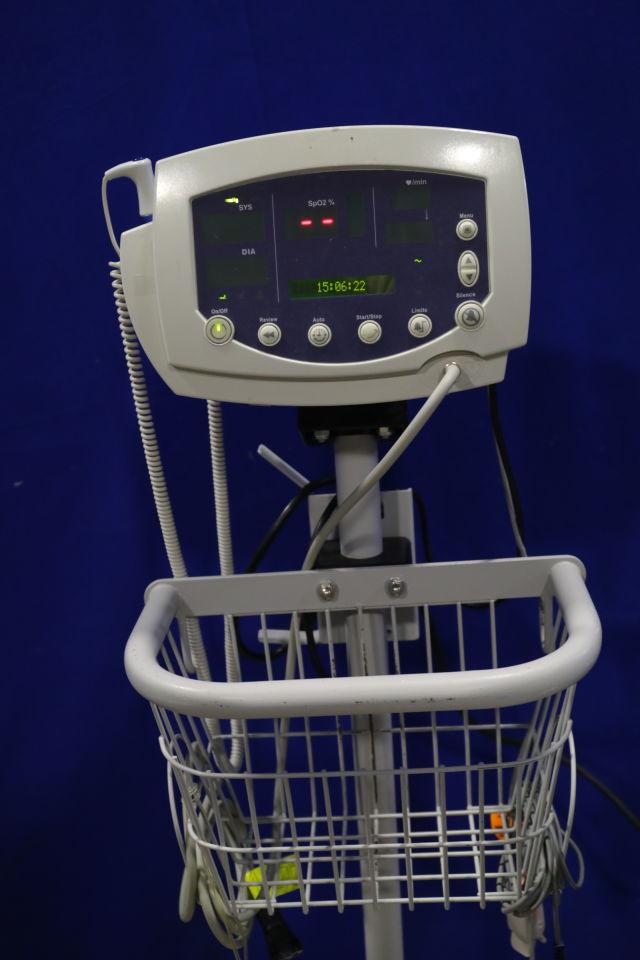 WELCH ALLYN Series 300 Monitor