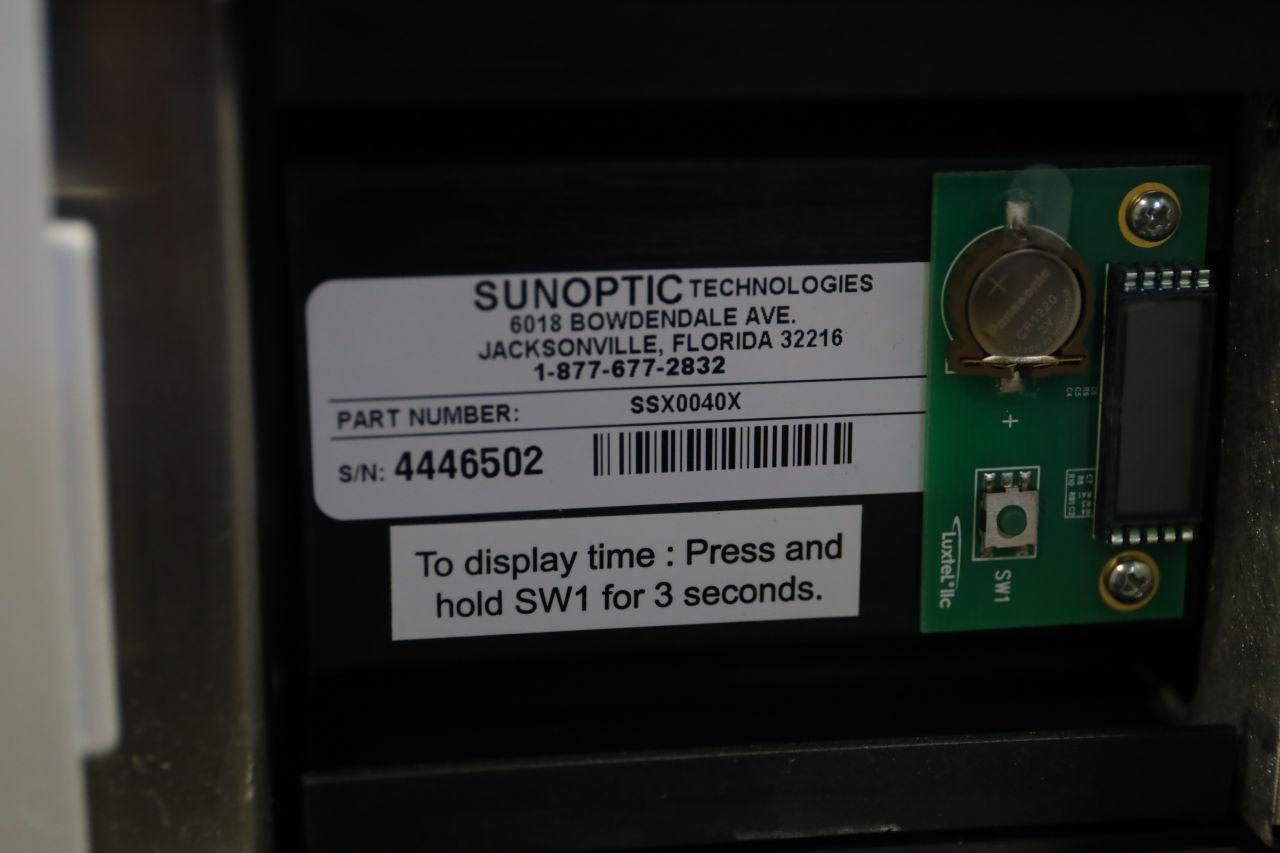 SUNOPTICS Titan 400 Light Source