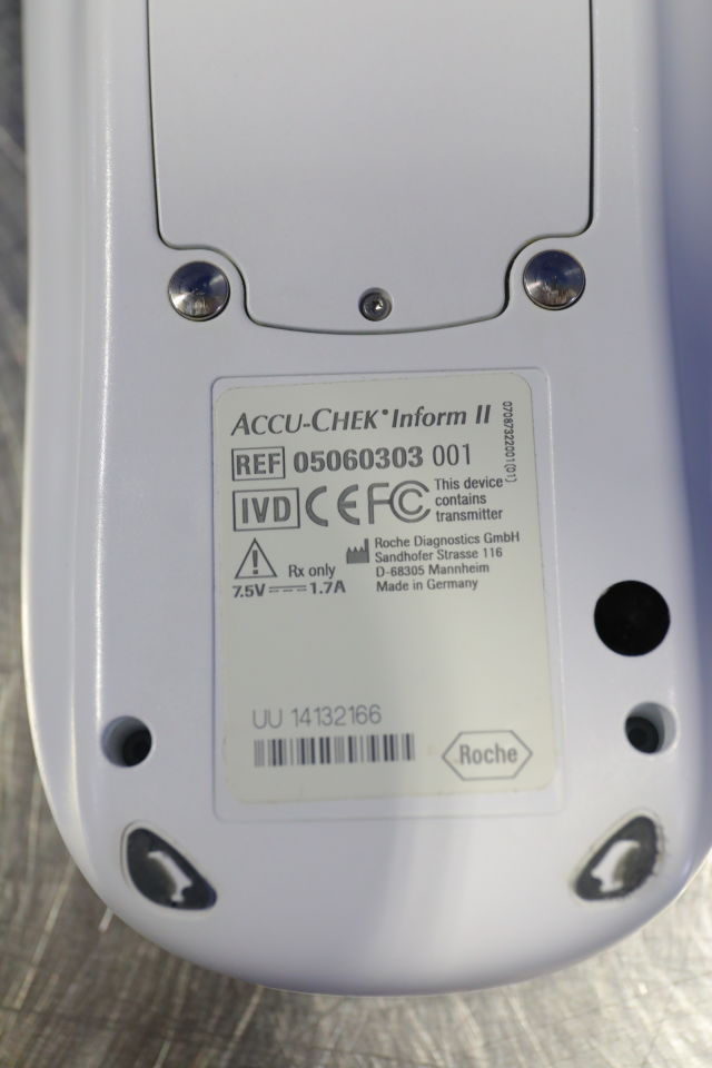 ROCHE DIAGNOSTICS Accu-Check Inform II Glucose Analyzer