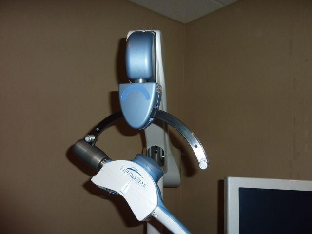 NEURONETICS NeuroStar 8100315000 Transcranial Magnetic Nerve Stimulator
